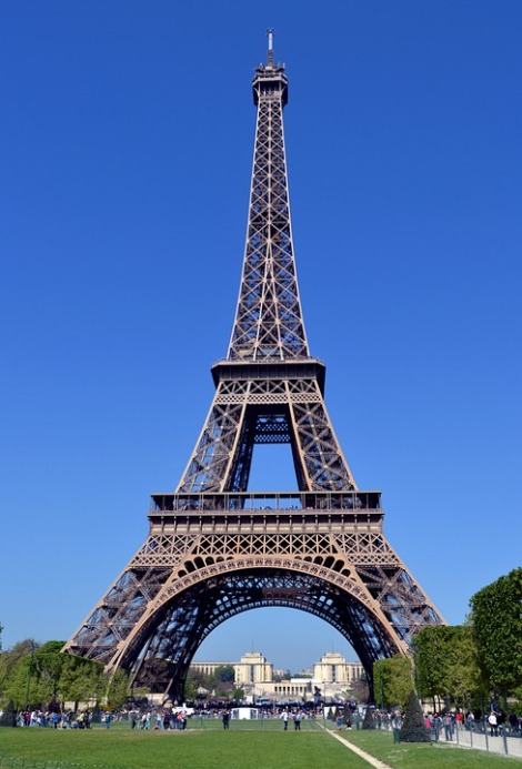 paris-738106_960_720